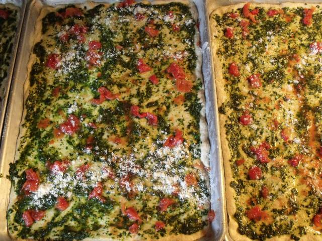 Uncooked Pesto Pizza!